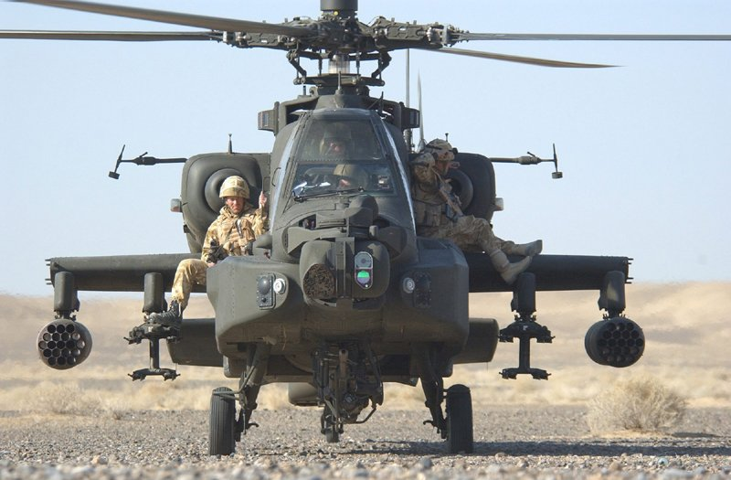 Official MoD photo of an Apache in A'stan - interestingly cropped