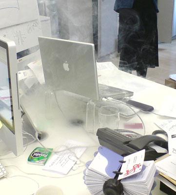 PowerBook_fire_01