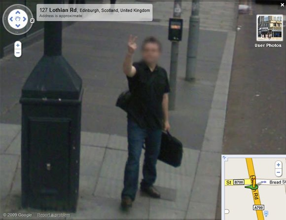 Edinburgh man gives Street View a couple of fingers