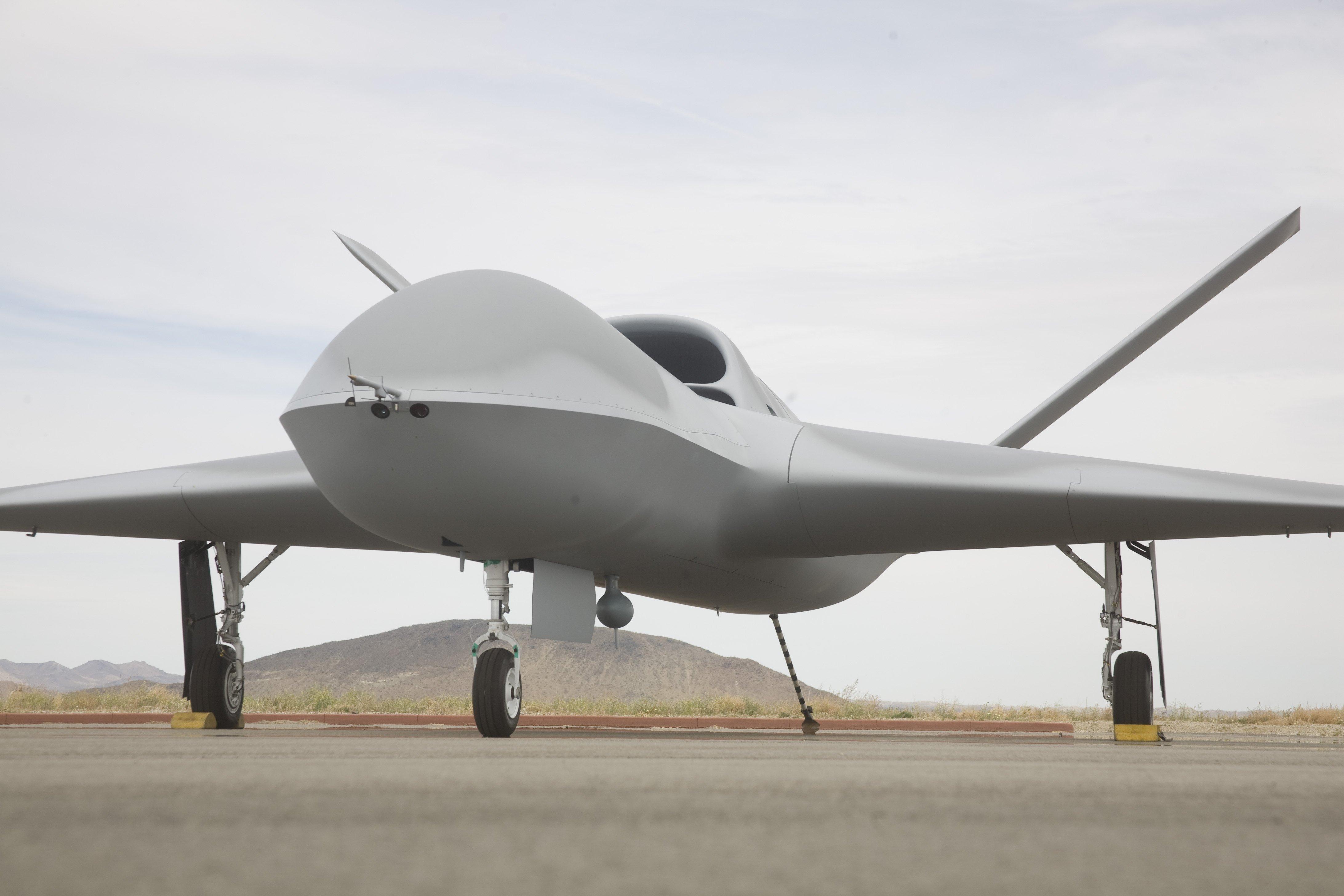 General Atomics Unwraps New Stealthy Robot War Jet The Register