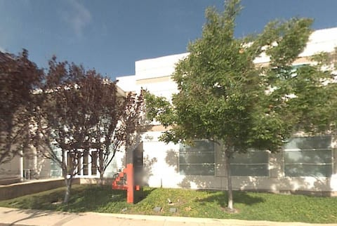 4 Infinite Loop on Apple's Cupertino campus