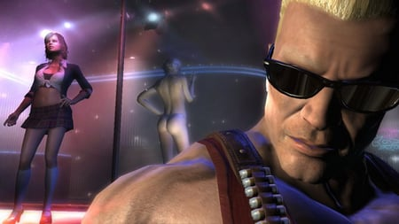 Duke Nukem in foreground of night club. Two pole dancers in background
