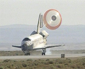 Atlantis lands at Edwards AFB. Pic: NASA