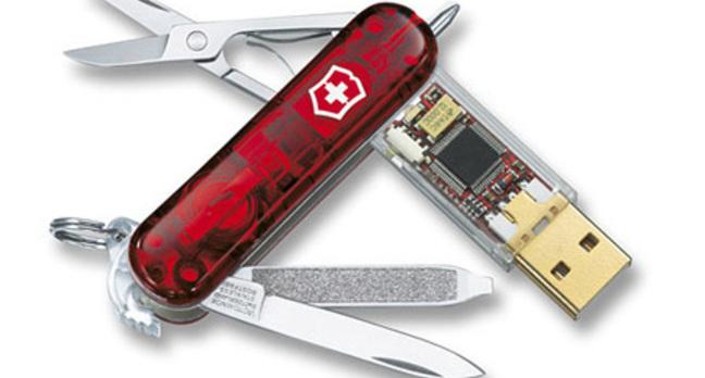 Victorinox SwissFlash 8GB USB Memory Stick and Multi-Tool