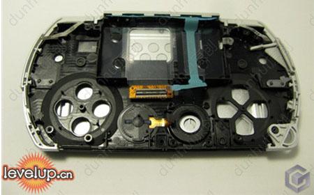 PSP_Go_opened_01