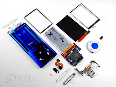 Fifth-generation iPod nano take-apart photo