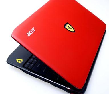 Acer_Ferrari_One_01