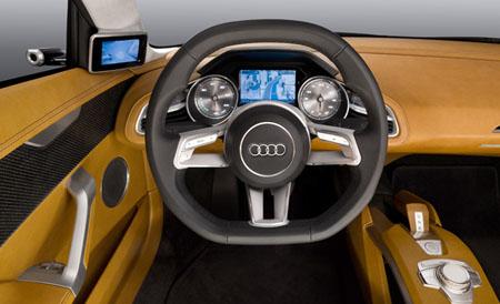Audi_etron_04