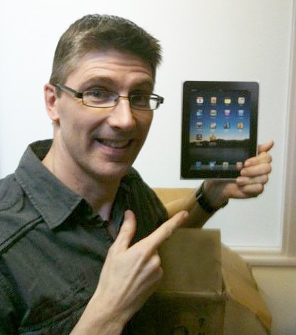 Reader Craig Johnston and his paper iPad