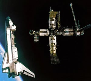 Atlantis undocks from Mir at the end of its first visit. Pic: NASA