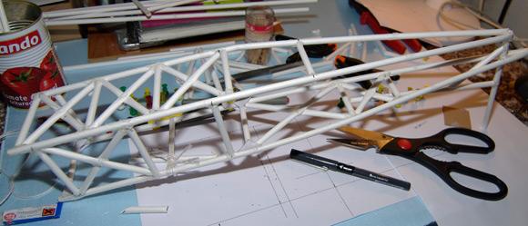 Attaching the floor longitudinal struts to the rudder post