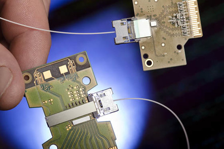 Intel 50Gbps Silicon Photonics Link