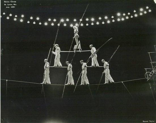 Image of Wallendas performing pyramid act