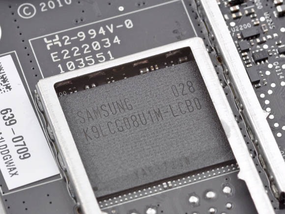 Apple TV, 8GB of Samsung flash RAM