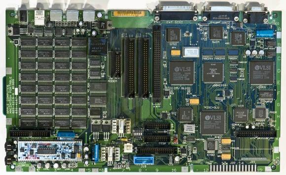 Apple Macintosh Portable - logic board