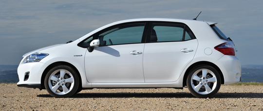 toyota auris hybrid e car the register. Black Bedroom Furniture Sets. Home Design Ideas