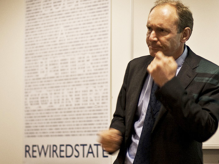 25 years ago: Sir Tim Berners-Lee builds world's first website ...