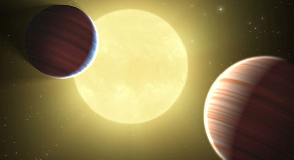 Artist's impression of the Kepler-9 system. Pic: NASA