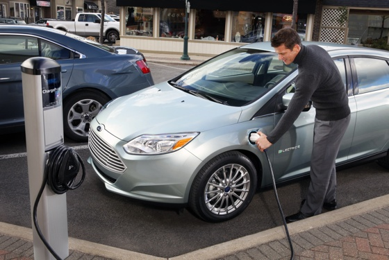 Ford Focus charging