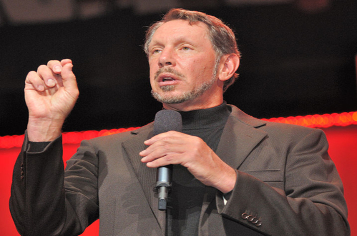 Larry Ellison: Amazon uses Oracle, not Amazon to Run Their Business… Because AWS is Not Good Enough