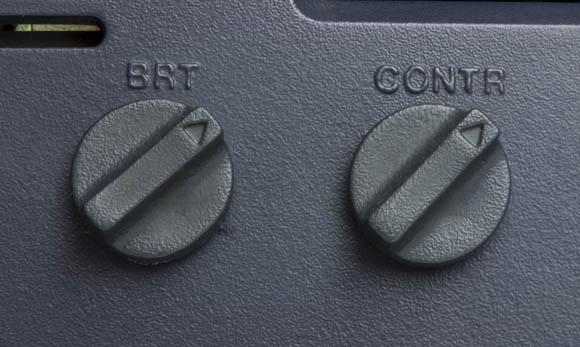 Osborne 1, second version - brightness and contrast knobs