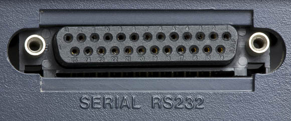 Osborne 1, second version - RS-232 port