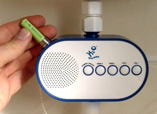 H2O water-powered radio
