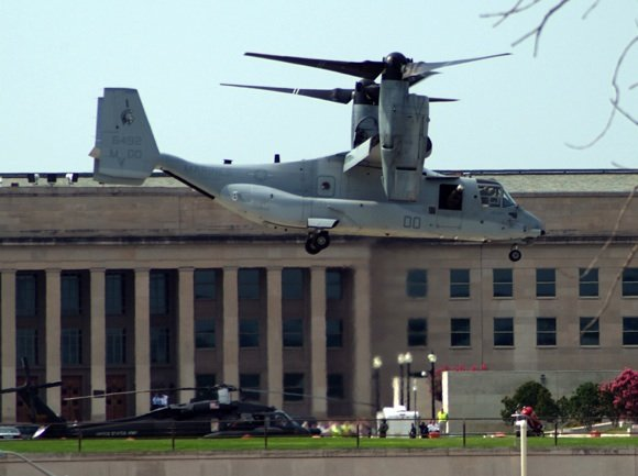 A V-22 Osprey coming in to land at the Pentagon. Credit: US Navy/Mass Communication Specialist 1st Class Brandan W Schulze