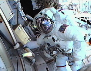 Mission specialist Drew Feustel seen during today's EVA. Pic: NASA TV.
