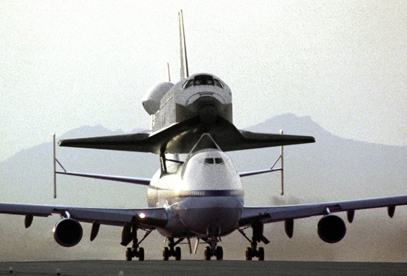 Endeavour atop the 747 Shuttle Carrier Aircraft. Pic: NASA