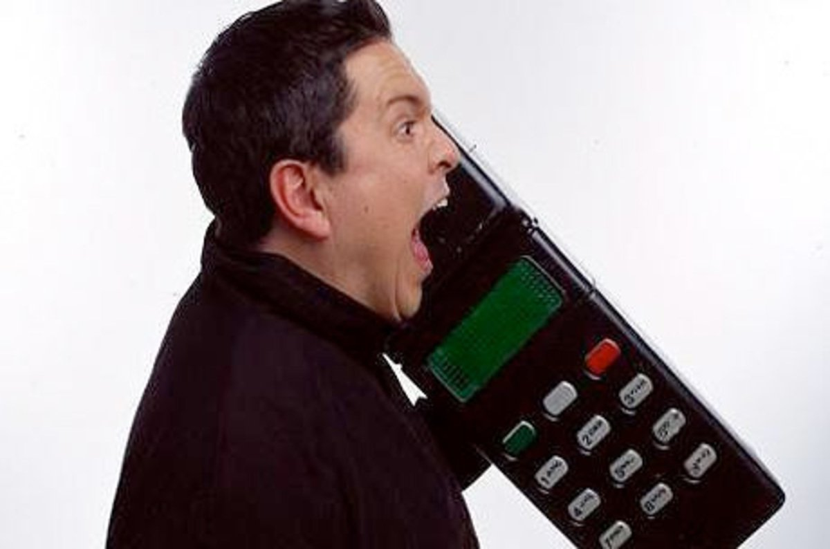 30 years ago today, the first commercial UK mobile phone