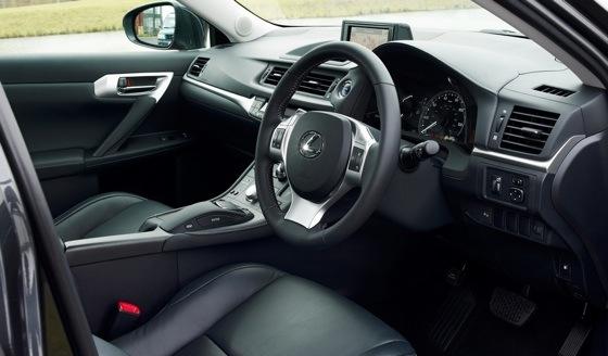 Lexus CT200h