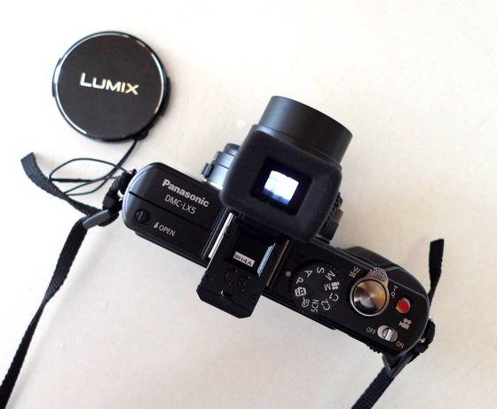 Panasonic DMW-LVF1 clip-on viewfinder