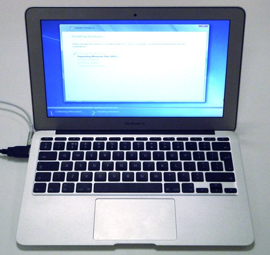 Apple MacBook Air 11in mid 2011