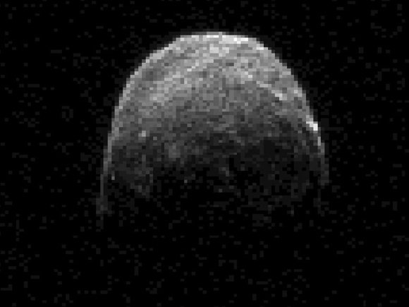 Radar image of asteroid 2005 YU55 obtained on Nov 7, 2011, at 19:45 GMT, when the space rock was at 3.6 lunar distances from Earth. Credit: NASA/JPL-Caltech