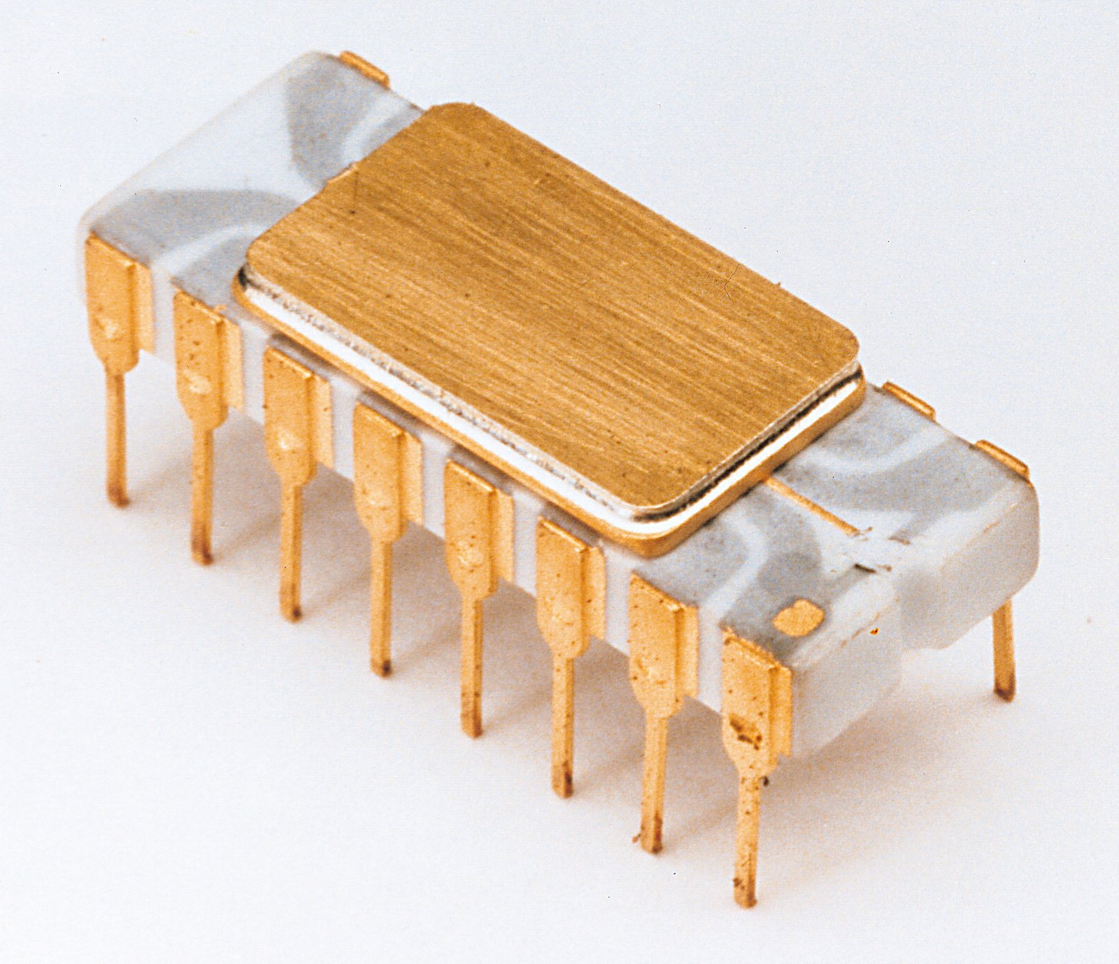 Happy 40th Birthday Intel 4004 The Register Or Photo Of Computer Electronic Circuit Cpu Board Breaking Binary Code