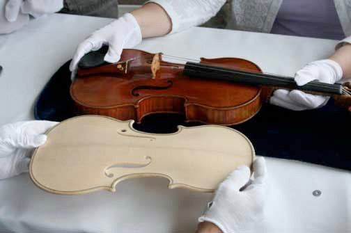 Stradivarius violin reproduction