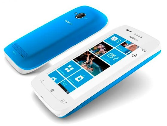 Nokia Lumia 710 Window Phone handset