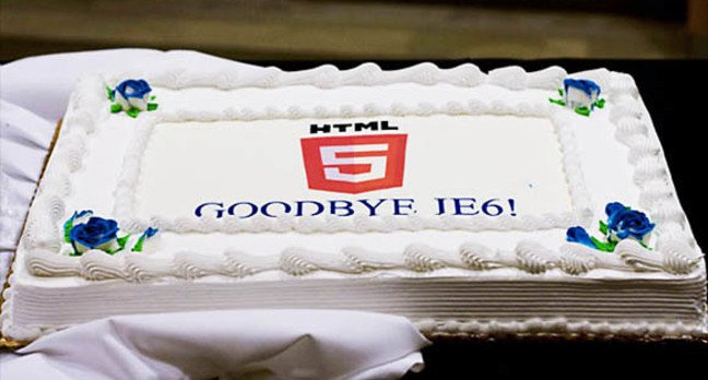 Microsoft celebrates the end of IE6 with a cake