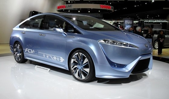 Toyota FCV-R hydrogen fuel-cell concept
