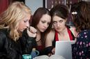 shutterstock_hipster_girls_laptop