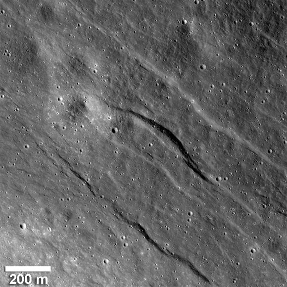 Recent valleys on the Moon's surface