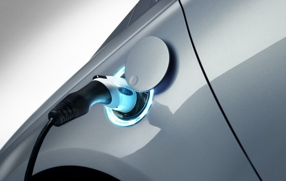 Ford plug-in hybrid feed