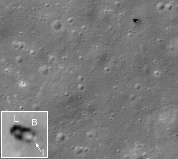 The moon rover Lunokhod 2 as imaged by the LRO in low flight. Credit: NASA/GSFC/Arizona State University