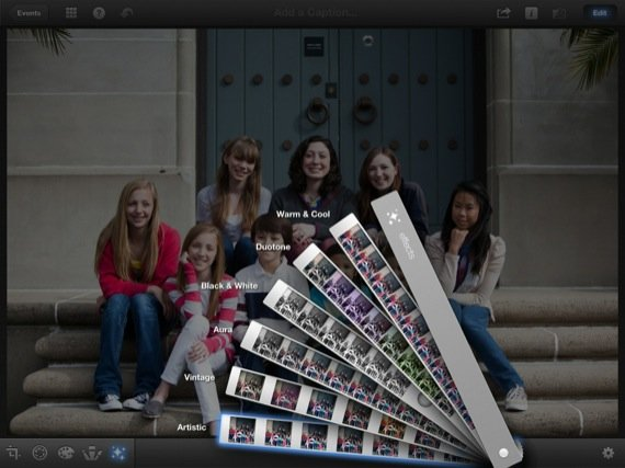 Apple iPhoto iOS app screenshot