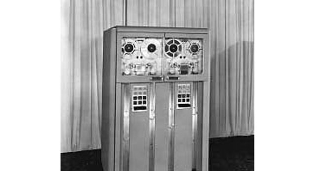 IBM's 726 Magnetic tape reader/recorder