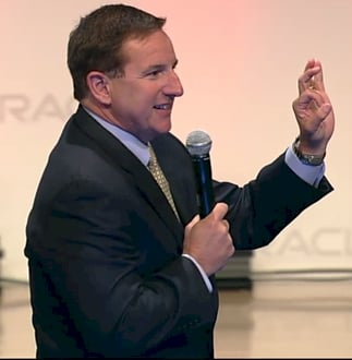 Oracle co-president Mark Hurd explaining the Platinum Service price