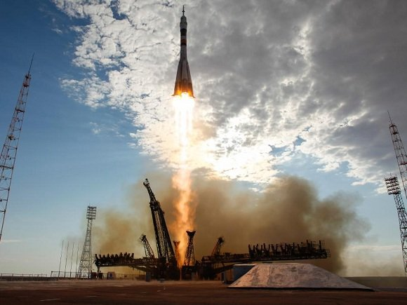 Soyuz spacecraft launches from Baikonur. Credit: NASA