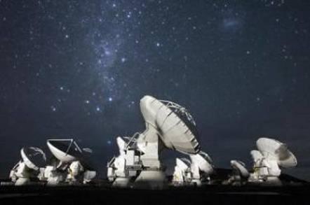 ALMA telescopes on the Chajnantor plateau in the Atacama desert. Credit: ALMA/ESO/NAOJ/NRAO