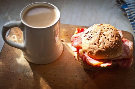 Bruce L's bacon sarnie, with cuppa